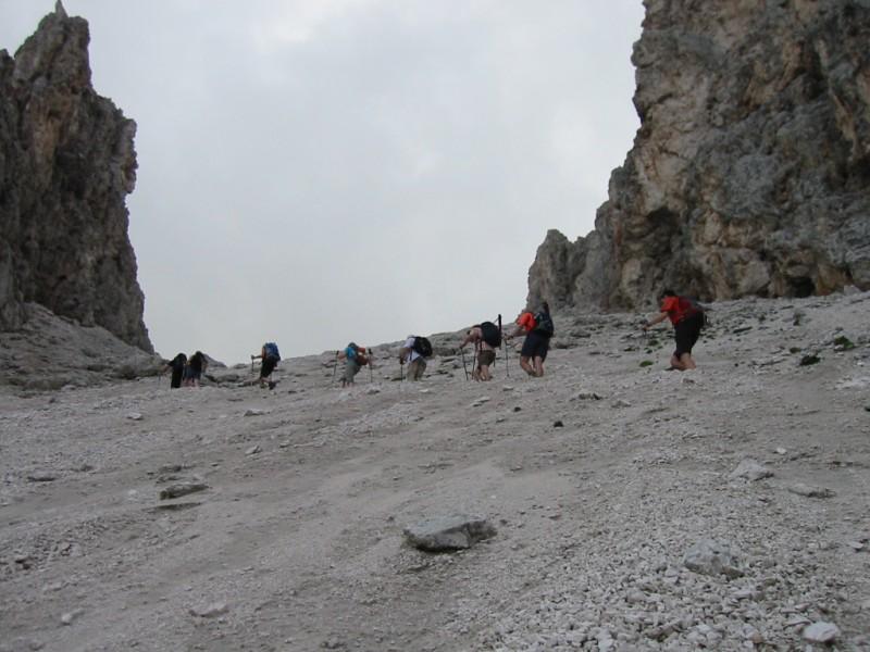 Gipfel und Seen laden im Lechtal ein.